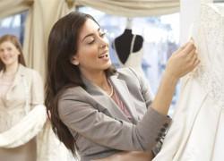 get a good price on wedding dresses